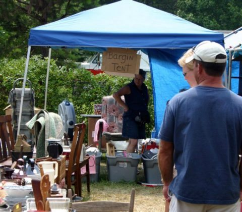 flea market vendors stand to make a lot of money