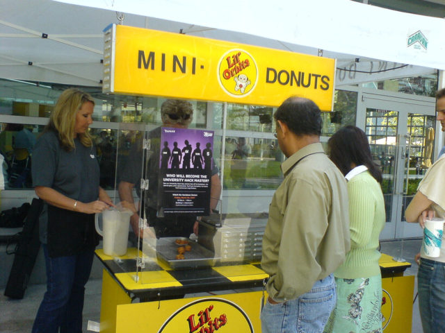 How To Operate A Donut Business: Mini Donut Concession